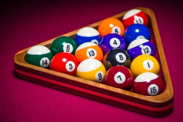 Amaranth spots and stripes pool balls