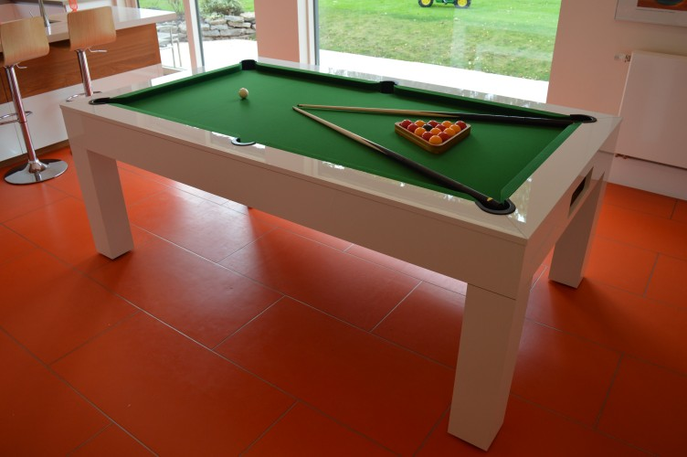 Kingswood Aspen pool dining table with green cloth