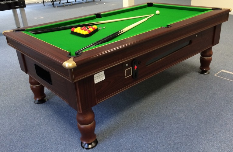 Refurbished Mayfair pool table